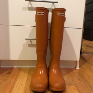 Orange HUNTER boots